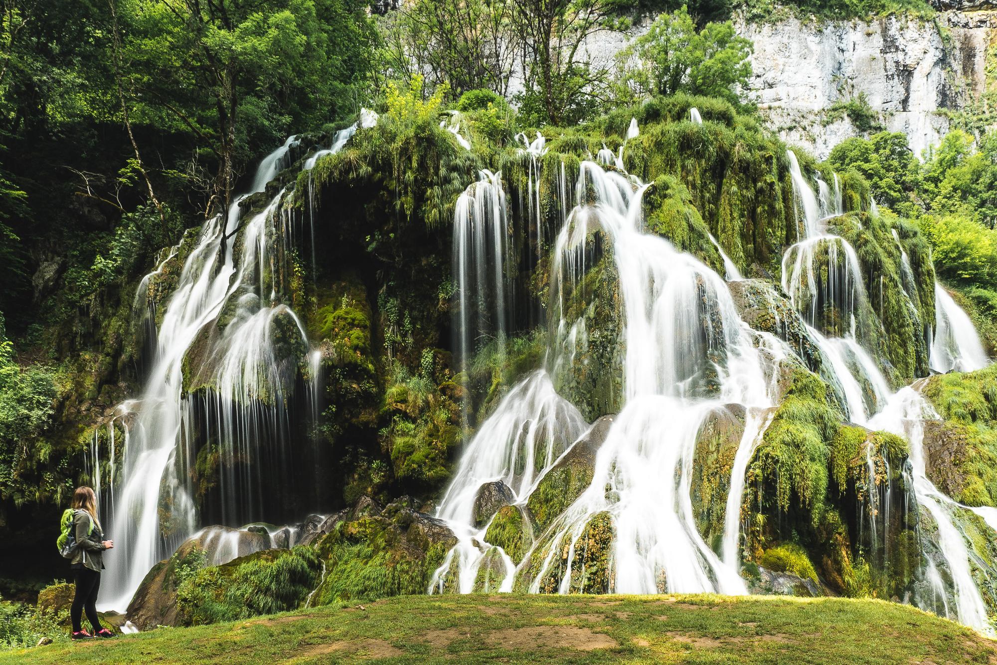 Montagnes du Jura, cascade, baume-les-messieurs