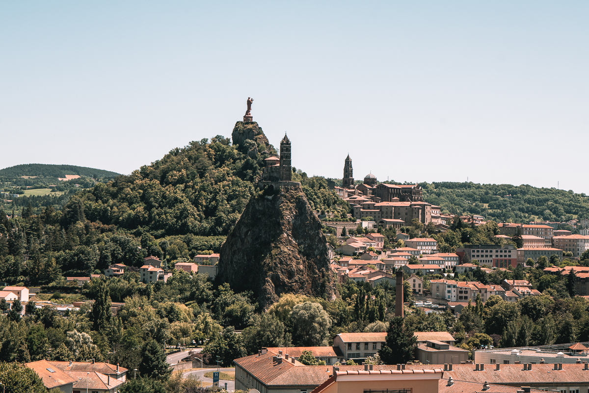 Auvergne-Rhone-Alpes-que faire-que voir-massif de sancy-cantal-puy de dome